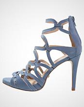 Buffalo Sandaler med høye hæler azul/lavanda