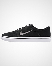 Nike Sb PORTMORE Joggesko black/medium grey/white/gum light brown
