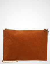 Whistles Clutch rust