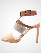 Erika Rocchi Sandaler med høye hæler choccolato/tabacco