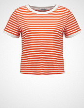 Glamorous Tshirts med print orange white