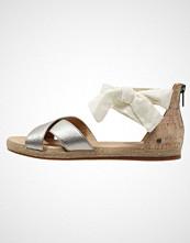 UGG Australia IDINA Sandaler grey gold