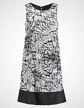 ADIA Sommerkjole schwarz/weiß