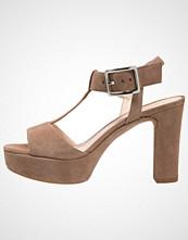 Unisa VERNER Sandaler med høye hæler tanin