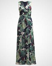 More & More Fotsid kjole pinetree multi