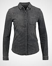 Calvin Klein ANEHA Skjorte silk black denim