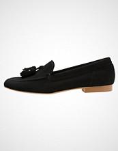 KIOMI Slippers black