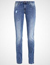 Wrangler SARA  Straight leg jeans mystery blue