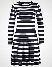 Lacoste Strikket kjole marine/farine