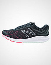 New Balance WRUSHBP2 Nøytrale løpesko black/pink