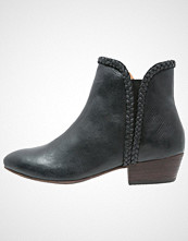 Kickers WESTITI Støvletter black