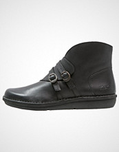 Kickers CRUMCROSS Ankelboots black