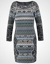 KOOI Strikket kjole grey