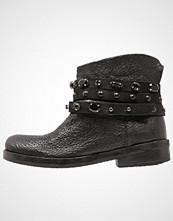 Felmini SPRIT Støvletter black
