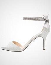 Nina Shoes VINNIE Sandaler med høye hæler silver