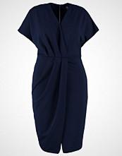 Closet Curves Jerseykjole blue