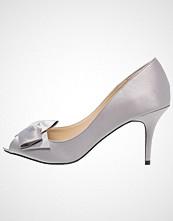 Nina Shoes FRASER Høye hæler med åpen front royal silver luster