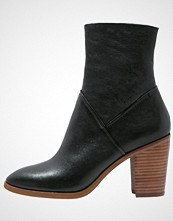 ALDO FEARIEN Støvletter black
