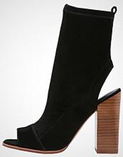 ALDO IBANIA Sandaler med ankelstøtte black