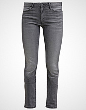 Wrangler EVALYN Slim fit jeans great grey