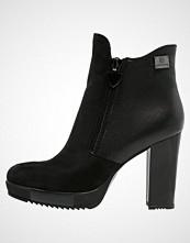 Laura Biagiotti Platåstøvletter black