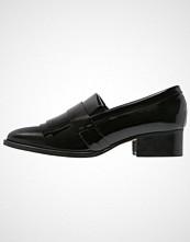 KIOMI MOFLY Slippers black