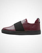 Zign Slippers bordeaux