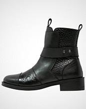 Shoeshibar BESS Støvletter black