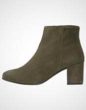 Pavement SELINA Ankelboots green