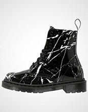 Dr. Martens PASCAL  Snørestøvletter black