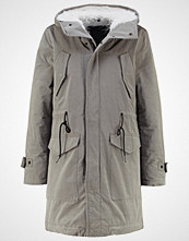 Replay Parka oliv