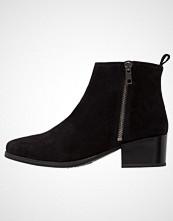 Pavement APRIL Støvletter black