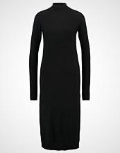 Moss Copenhagen Strikket kjole black