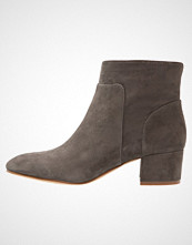 Vince Camuto LESLY Ankelboots bison