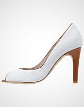 PERLATO Høye hæler med åpen front blanc/cognac