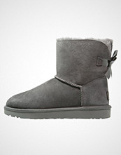 UGG Australia MINI BAILEY BOW II Støvletter grey