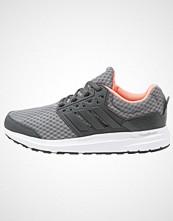 Adidas Performance GALAXY 3 Nøytrale løpesko chalk solid grey/sun glow