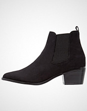 Head over Heels by Dune PERINA Ankelboots black