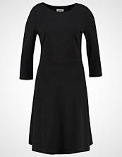 Zalando Essentials Jerseykjole black