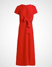 KIOMI Fotsid kjole red