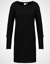 Object OBJMY  Strikket kjole black