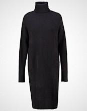 ADPT. ADPTNEVER Strikket kjole dark navy