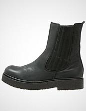 CASHOTT Vinterstøvler black