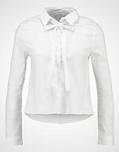 Miss Selfridge PUSSYBOW Skjorte white