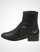 ALDO ELIA Støvletter black