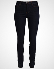 KIOMI Jeans Skinny Fit rinsed denim