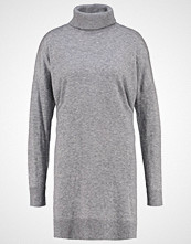 Opus WANNI Strikket kjole strong grey