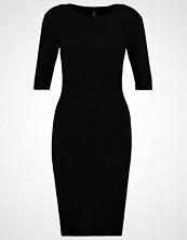 Yas YASBONI Strikket kjole black