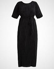 Evans Fotsid kjole black