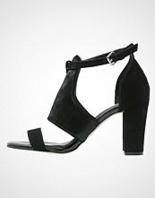 Warehouse Sandaler med høye hæler black